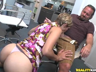 Hot secretary is sucking a sweet dick