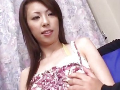 Asian babe swallows cum after giving amazing blowjob