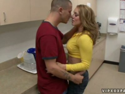 Dirty wench Kirra Lynne gets her asshole licked hard and then she gives hot blowjob