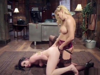 Cherie Deville Dominates Veruca James