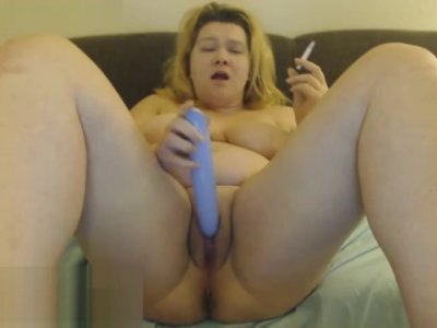 Blonde bbw smokes and dildos