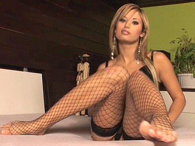 Regina Ice teasing & masturbating in lingerie