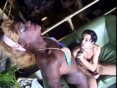 Transsexual black dude Daniel with massive meat pole is getting an awesome blowjob