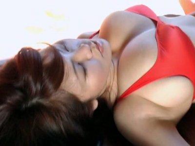 Buxom oriental geisha Yoko Matsugane shows her mesmerizing boobs proudly