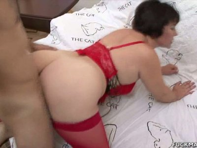 Emotional pallid whore Anna gets her mature cunt drilled doggy