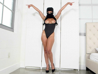Kylie Rogue wearing mask shook her round tits all around