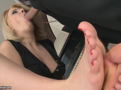 Blondie giving footjob before getting nailed