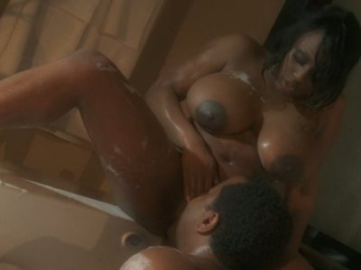 Plump ebony lady Jada Fire romantic sex scene in Jacuzzi