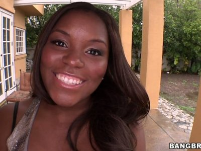 May I come in! Sucking visit by charming ebony chick Candice Nicole
