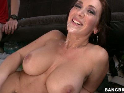 Dirty slut Jayden Jaymes fucks two cock in a truck and swallows a a fat cumshot